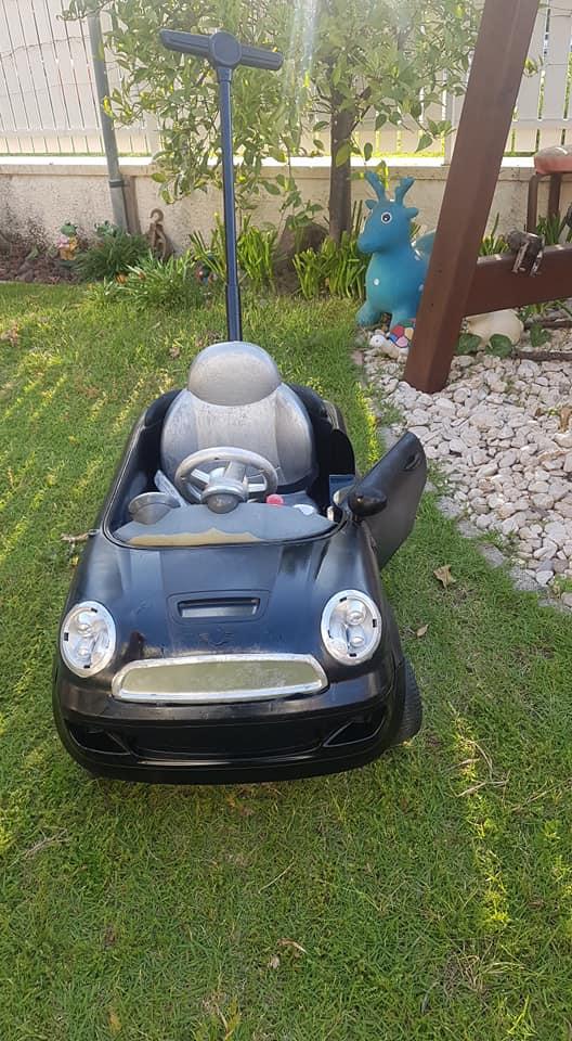 מיחדוש מכונית ילדים בצבע שחור
